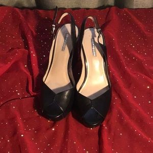 Women's shoes NWT 4 inch Wedge